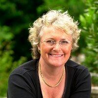 Katie Fforde | Social Profile