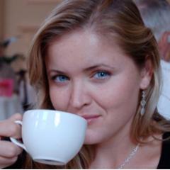 Erin Knightley Social Profile