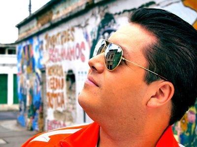 Roberto Garcia Social Profile