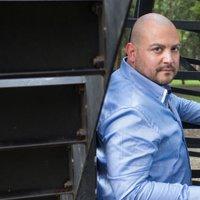 Ernesto Sanchez | Social Profile