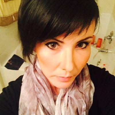 Veronica Cantu ™ | Social Profile