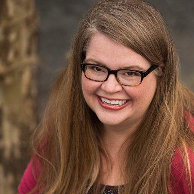 Stephanie Aspinwall   Social Profile