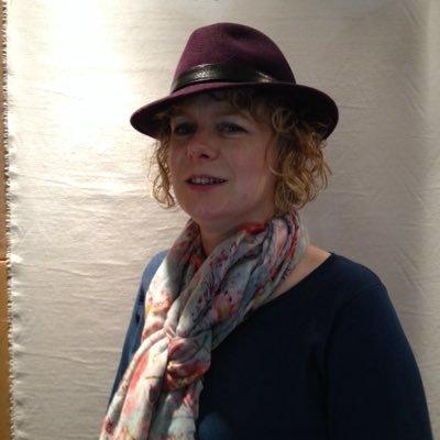 Amanda Randall | Social Profile