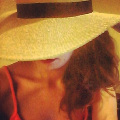 Renée Francoeur | Social Profile