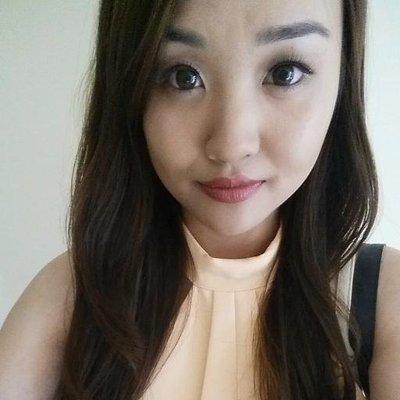 Jen ♔ | Social Profile