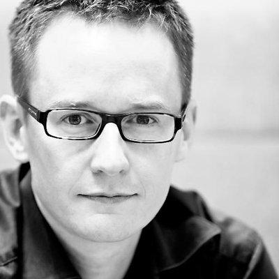 Simon Kemp | Social Profile