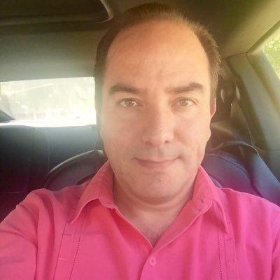 Alejandro Bardan | Social Profile
