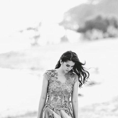 Laurencia B Y   Social Profile