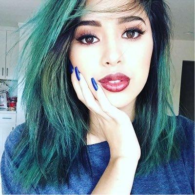 DeannaLovesJas | Social Profile