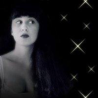 Leila Bela   Social Profile