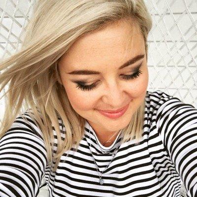 Sarah Gandy ✌️ | Social Profile