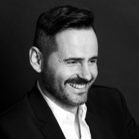 Luis Miguel Seguí | Social Profile