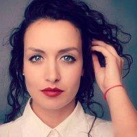 Deborah Dominguez | Social Profile