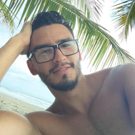Ian Sanchez Social Profile