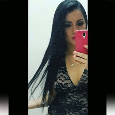 MELISSA CELSI | Social Profile
