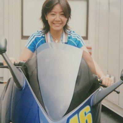 西村綾乃 Social Profile