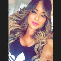 Paula Dos Santos | Social Profile