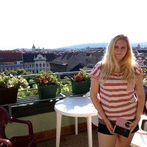 Linda Kremer | Social Profile