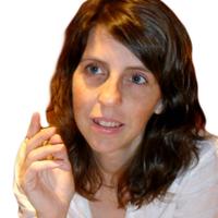 Rachelle Strauss | Social Profile