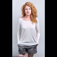 Lauren Hills   Social Profile