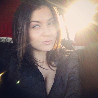 Alexandra J | Social Profile