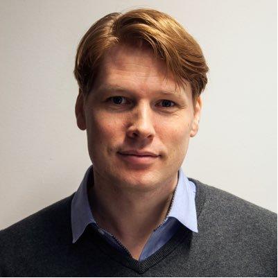 Paul van Veenendaal Social Profile