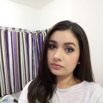 KarlaOropeza | Social Profile