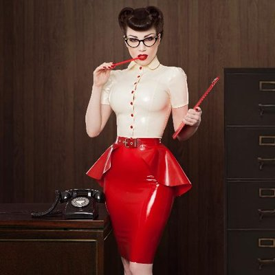Lady Lucie Latex | Social Profile
