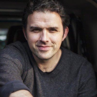 Fernando Rovzar Social Profile