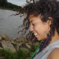 Debora Lacerda | Social Profile