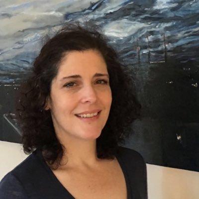 Jennifer McDaeth | Social Profile
