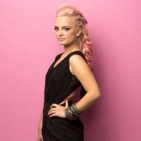 Lynda-Rose | Social Profile