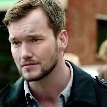 Ianto Jones | Social Profile