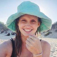 Julie Farrell | Social Profile