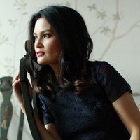 Daphne Oseña Paez | Social Profile