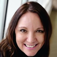 Elizabeth Martin | Social Profile