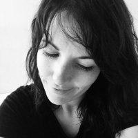 Gayle van den Berg   Social Profile