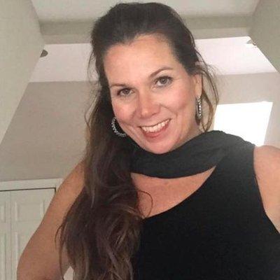 Desiree Miller   Social Profile