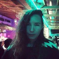 Jennifer Sanz | Social Profile