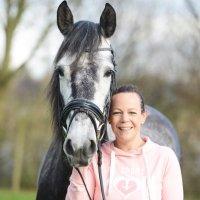 Saskia van Yperen   Social Profile