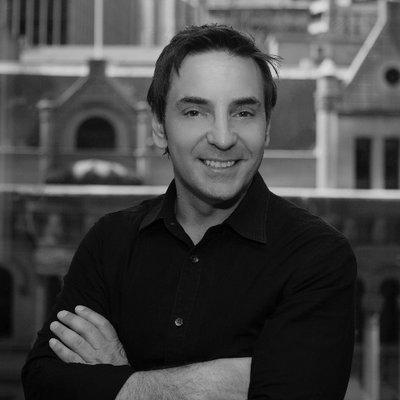 Ari Kopoulos | Social Profile