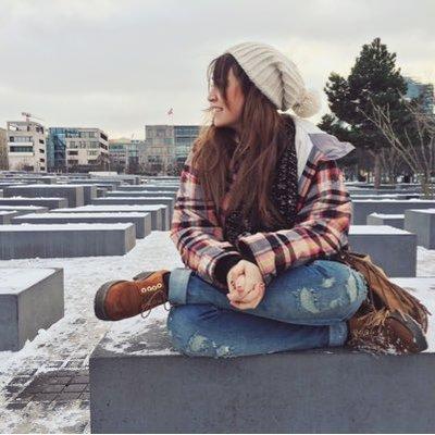 Lena Rivera | Social Profile