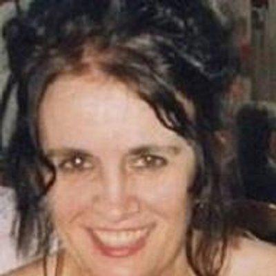 Shehanne Moore   Social Profile