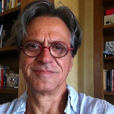 Alberto Vourvoulias | Social Profile