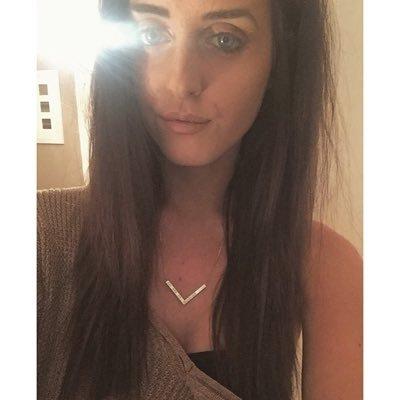 Tessa Rowan | Social Profile