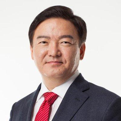 민경욱 | Social Profile