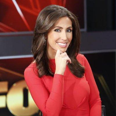 Lauren Simonetti | Social Profile