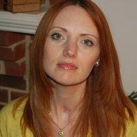 Holly Davis | Social Profile