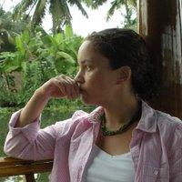Sarita Schoenebeck | Social Profile