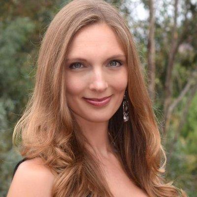 Juliette Sobanet   Social Profile